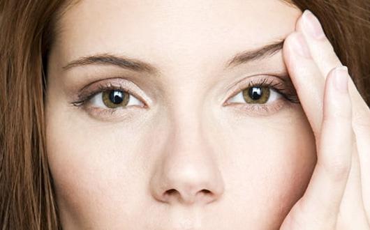 Göz kapağı düşüklüğü egzersizle geçer mi?